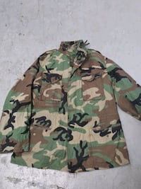 camouflage army fatigue jacket Louisville, 40202
