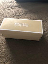 Michael kors size 5 worn for a couple of hours Brampton, L6V