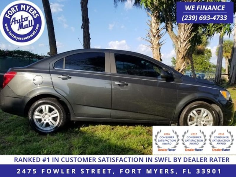 Chevrolet Sonic 2015 ef0f2f68-f743-462e-a12a-3af3830be914