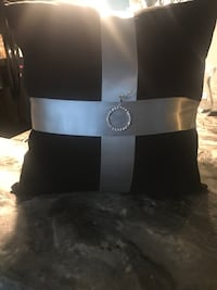 Black and Gray Ring bearer Pillow w/2 hearted pins Great Falls, 59404