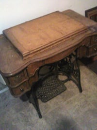 brown wooden table with chair Lexington, 40502