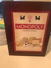 Wooden box monopoly game missing one set of dice practically new Oxon Hill, 20745