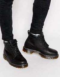 Size 8 Dr martens boots 6-eye London, N6G 2C7