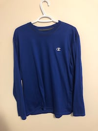 Champion long sleeve (xl) Edmonton, T6T
