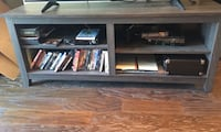 Weathered gray tv stand Dallas, 75207