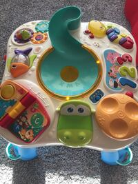 Learning and music play table Edmonton