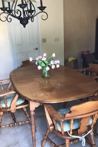 Table Middletown, 21769