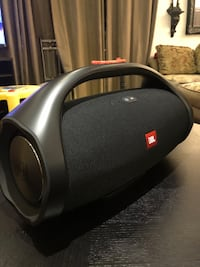 JBL boombox with case Toronto, M1P 4P5