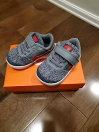 brand new toddler Nike shoes