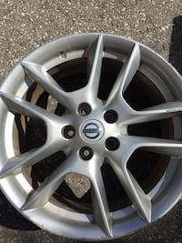 Original Nissan Maxima Rim Cambridge, N1R 3E3
