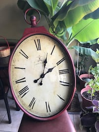 Red Antiqued Wall Clock Mississauga, L5W 1E5