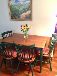 Brown wooden table with four chairs dining set Alexandria, 22314