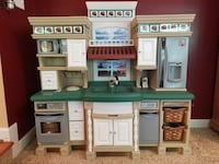 Like New Kids Step 2 Lifestyle Deluxe Kitchen Eldersburg