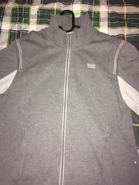 Hugo boss zip up xl Burnaby, V5C 2V5