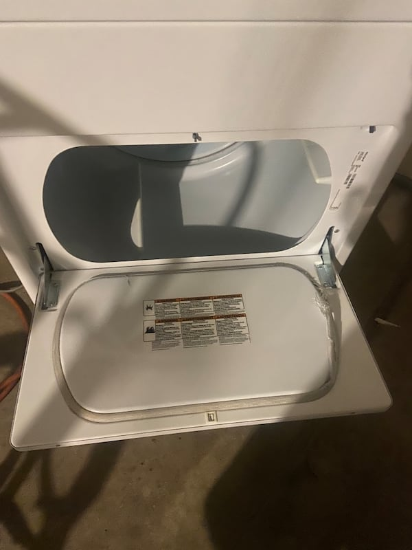 Whirlpool like new ekectric dryer 30 day warranty  1