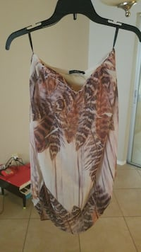 white and brown feather print spaghetti strap shirt Fort Myers, 33907