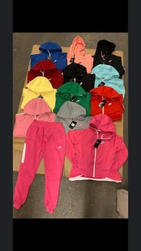 Woman Nike sweatsuits