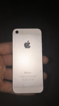 iPhone 5s (cracked)