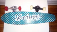 Blue penny skateboard come with all accessories Montreal, H1N
