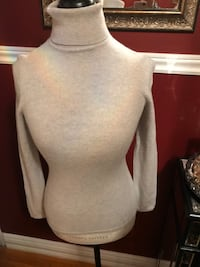 Lord and Taylor cashmere sweater size xs Oakville, L6H 1Y4