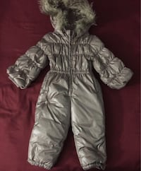 Gap Eco Down Puffer Suit  486 km