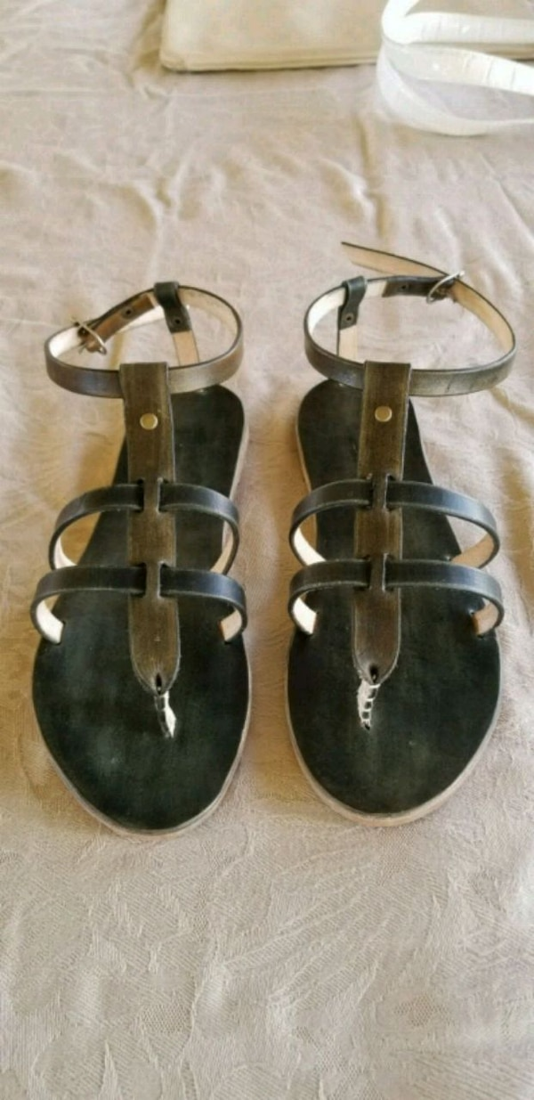 b79bd767a190 Used pair of black leather sandals for sale - letgo