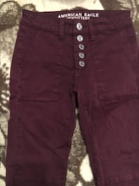 maroon high-waisted jeggings from american eagle! Coquitlam, V3E 3M7