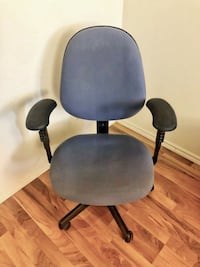 Computer Desk Ergonomic Swivel Executive Manager's Office Chair