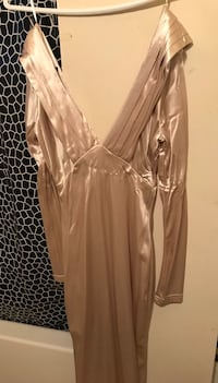 Brand new fashinova deep v cut dress  Toronto, M3C 1E8