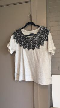 black and gray floral lace scoop-neck t-shirt Wilmington, 28403