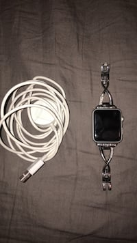 barely used silver apple watch Conroe, 77384