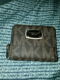 black and brown Michael Kors leather wristlet Snellville