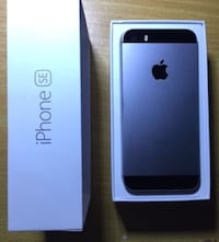 I Phone SE 32GB w/ Box & charger  Las Vegas, 89147