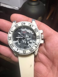 round silver-colored chronograph watch with white leather strap Knoxville, 37923
