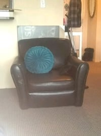 Free black leather chair