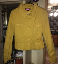 yellow button-up collared jacket