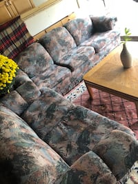 2 large couches!!! Mississauga, L5A 3C1