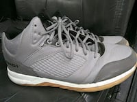 pair of gray-and-white low top sneakers Penticton, V2A 8X1