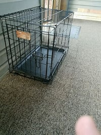 Small dog crate Canton, 44705