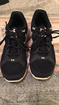 Navy blue Under Armour running shoes