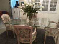 Dinning Table..very new custom chairs West Palm Beach, 33417