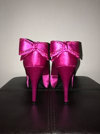 Pink heels with bows 539 km