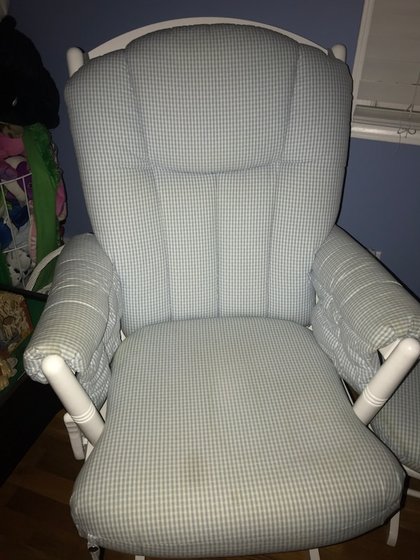 Used Dutailier Glider W Ottoman For Sale In Orangetown Letgo
