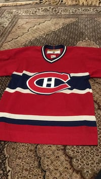 Adult small Montreal canadiens jersey  Burlington, L7M