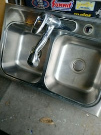 Dual stainless steel sink with pull out spray Jacksonville, 32277
