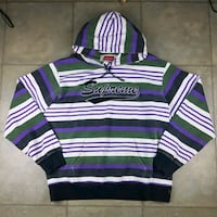 Supreme pull over hoodie