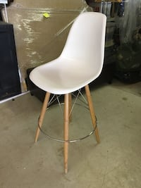 Barely used designer bar stools (6) null