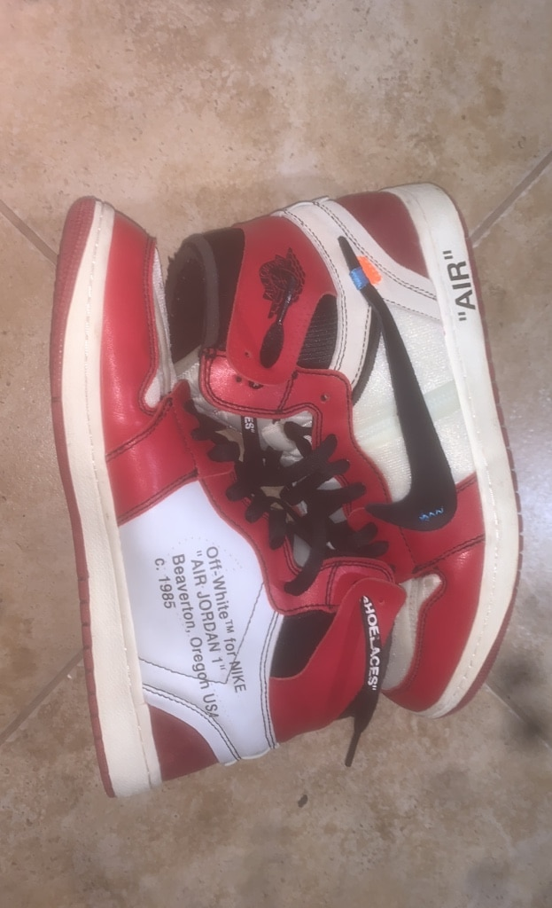 Photo Nike off White Jordan 1 Size 11