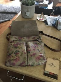 gray and pink floral crossbody bag Laval, H7K 3X8