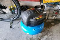 Compressor, 2 air guns and air hose Vaughan, L4H 2C1